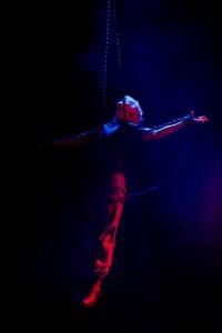 Alex Kahler circus aerialist